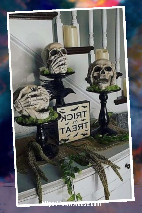 20+ Attractive DIY Living Room Halloween Decoration Ideas 1