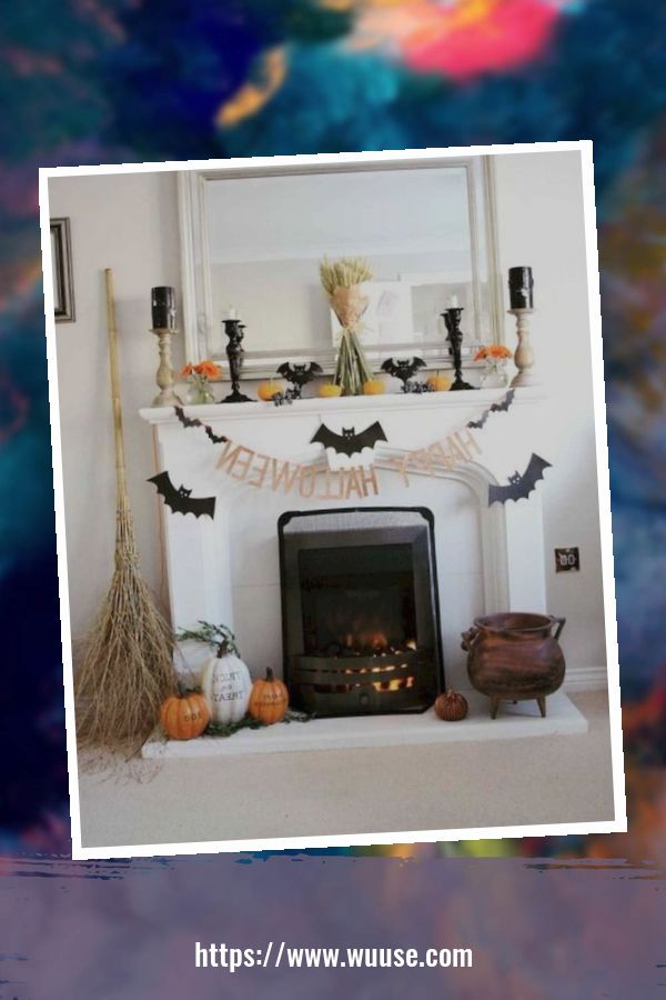 20+ Attractive DIY Living Room Halloween Decoration Ideas 2