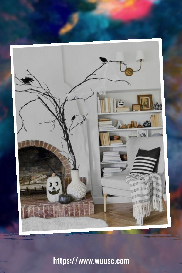 20+ Attractive DIY Living Room Halloween Decoration Ideas 3