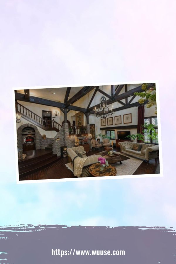 35 Brilliant Living Room Designs Ideas With Exposed Wooden Beams 16