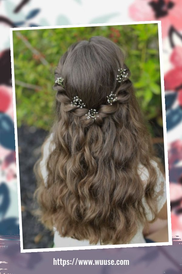 50 Pretty Christmas Hairstyles For Your Little Girls 1